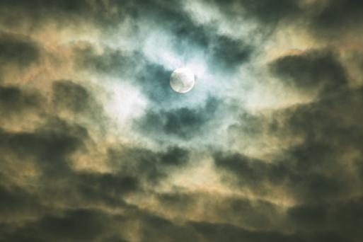 Noon's Moon (it is the Sun)